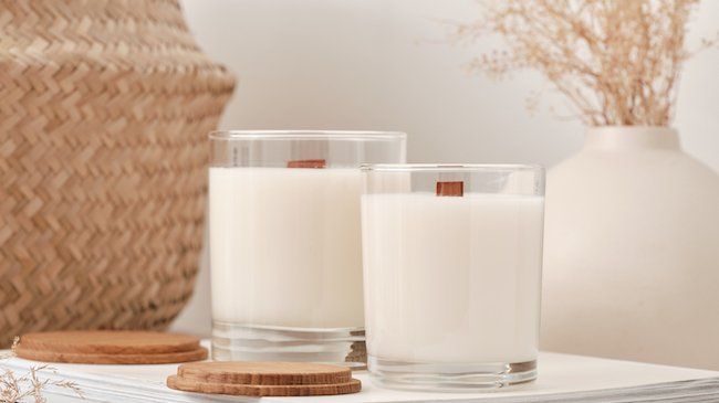 Eco-friendly candles with a wooden wick